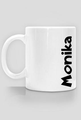 Kubek Monika