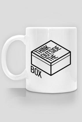 d2417207881f90 Kubek - Think outside the box - dziwneumniedziala.com - kubek dla  programisty